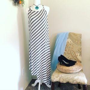 NWT!! Asymmetrical Maxy Dress